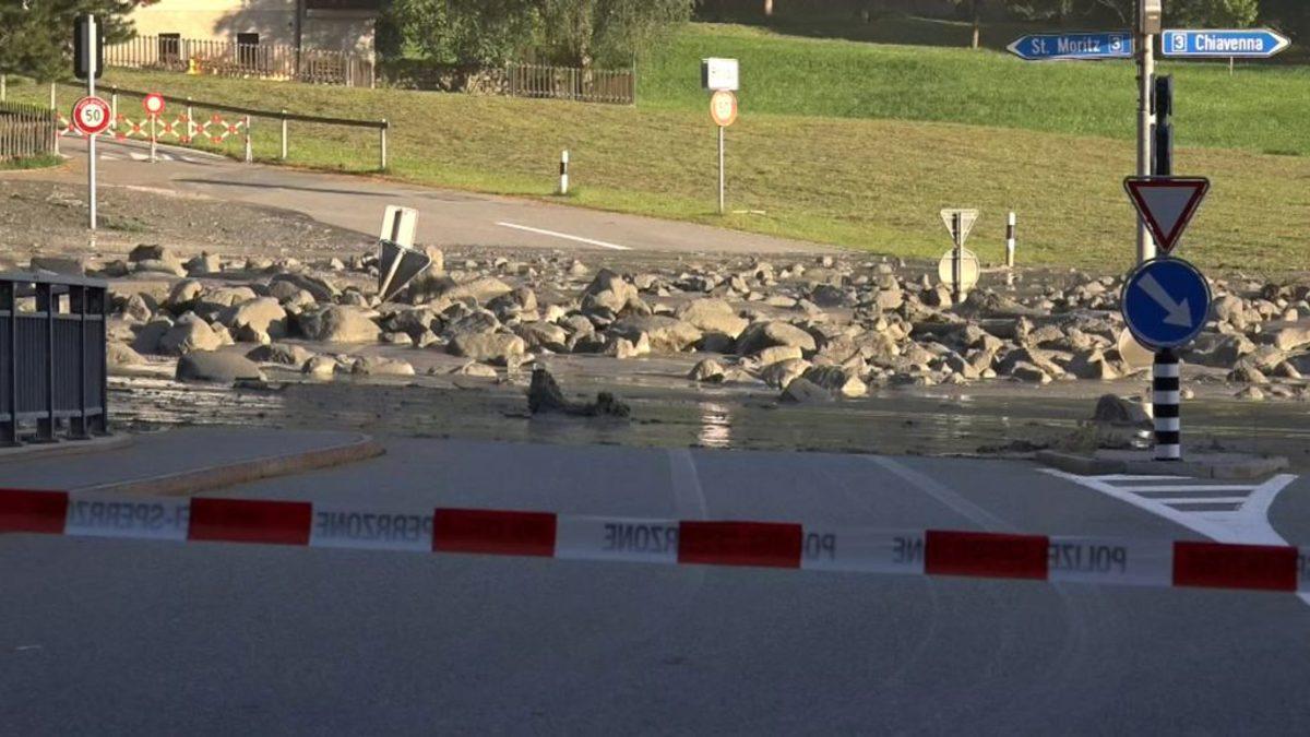 Άλπεις: Δραματική διάσωση μετά από νέα κατολίσθηση