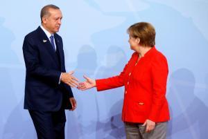 """Πιο """"σκληρή"""" στάση της Γερμανίας απέναντι στην Τουρκία θέλουν οι πολίτες της"""