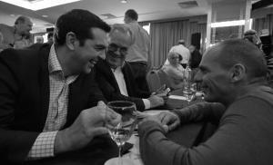 Τσίπρας για Βαρουφάκη: Καλές πωλήσεις στο βιβλίο του…! [vid]