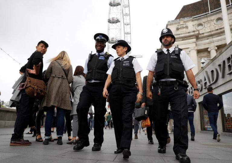 """Τρομοκρατικό χτύπημα – Λονδίνο: Ντου των αστυνομικών σε """"ύποπτο"""" σπίτι"""
