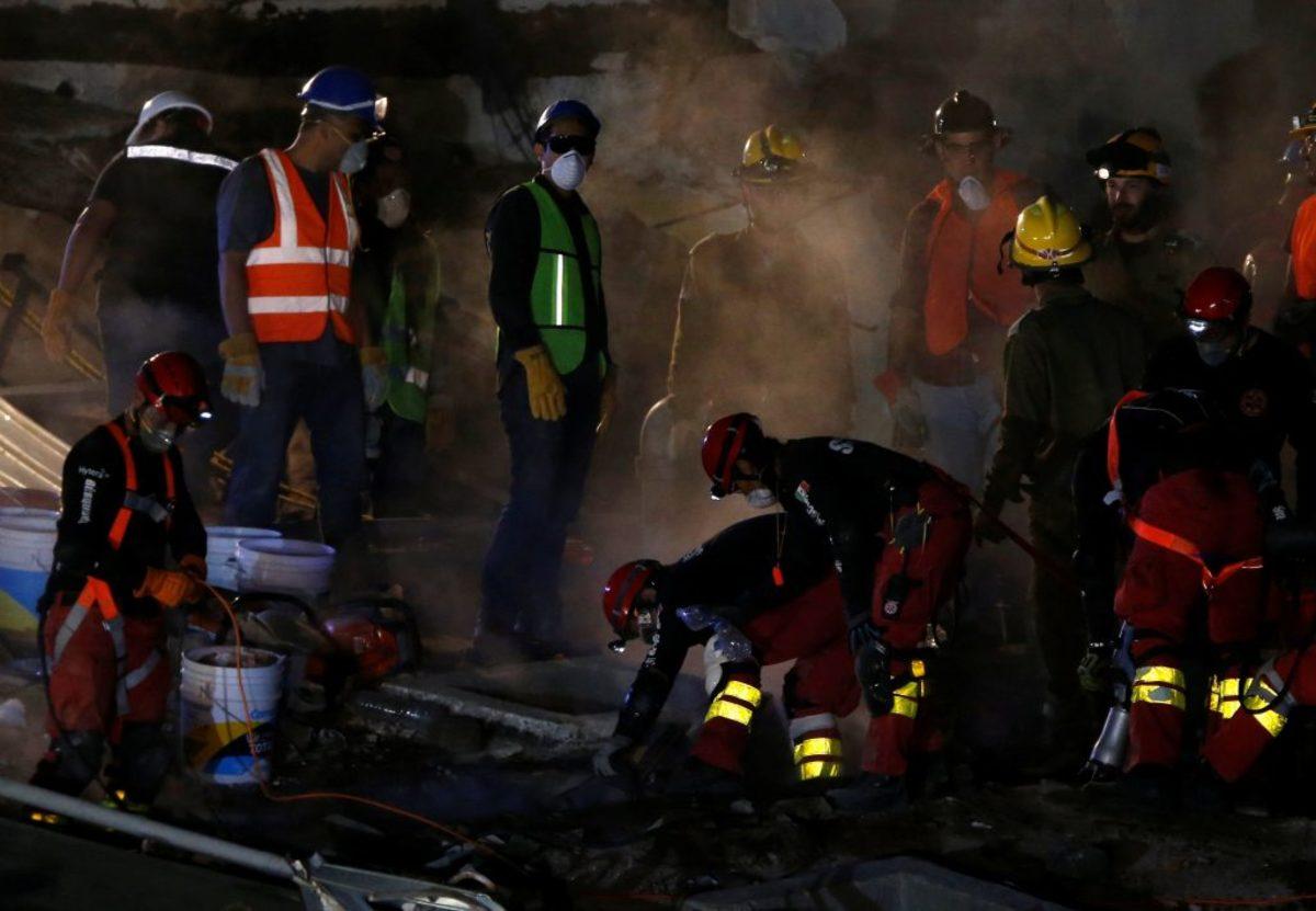 Μεξικό: Τρόμος από το νέο μετασεισμό! Οσμή θανάτου παντού - Χάνονται οι ελπίδες για επιζώντες [pics, vids]
