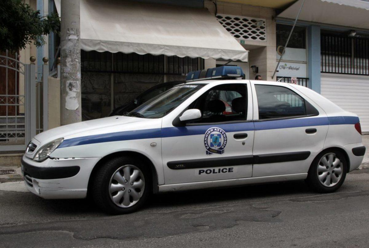Καλαμάτα: Επιτέθηκαν σε αστυνομικούς και απελευθέρωσαν κλέφτη – Άφαντος ο δραπέτης!