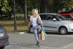 Θεσσαλονίκη: Ο πεζόδρομος που σαρώνει το διαδίκτυο – Η απίθανη εικόνα που προκαλεί ποικίλες αντιδράσεις [pics]