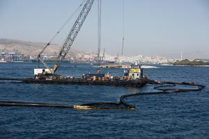 Πετρελαιοκηλίδα: Παραδίδεται στο κοινό το παραλιακό μέτωπο του Παλαιού Φαλήρου