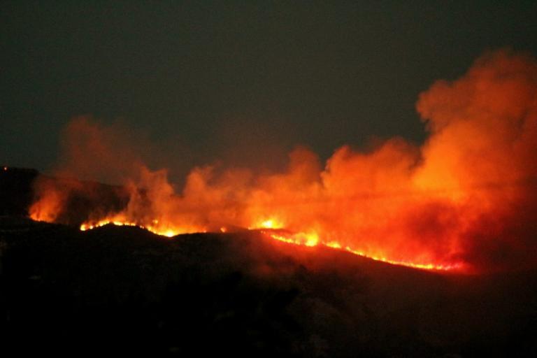 Δράμα: Υπό μερικό έλεγχο η μεγάλη φωτιά στο Μοναστηράκι