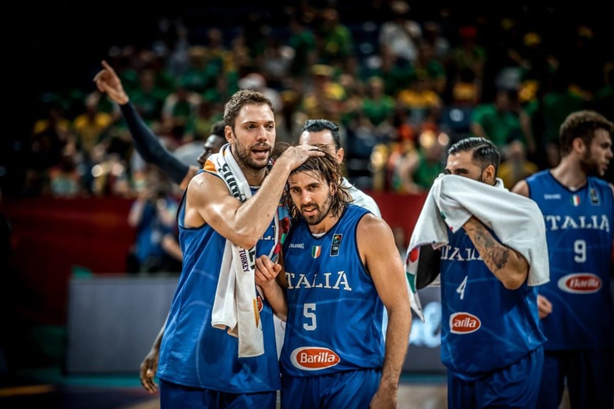 Eurobasket 2017: Η τρομερή φωτογραφία των Ιταλών πριν τον αγώνα με τη Σερβία