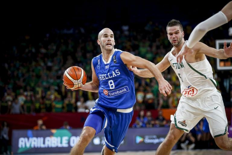 """Εθνική μπάσκετ: Πρώτος πασέρ στην ιστορία της """"γαλανόλευκης"""" ο Καλάθης!"""