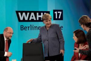 """Γερμανικές εκλογές – αποτελέσματα: """" Είσαι η μεγαλύτερη ηττημένη"""" ήταν τα λόγια του Σουλτς στην Μέρκελ"""
