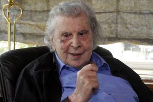 Μίκης Θεοδωράκης: ΣΥΡΙΖΑΝΕΛ, η δεξιότερη κυβέρνηση στην Ελλάδα από το 1831