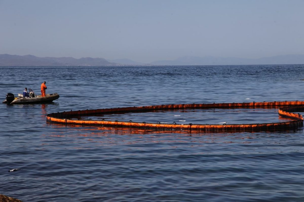 θαλάσσια ρύπανση Κερατσίνι