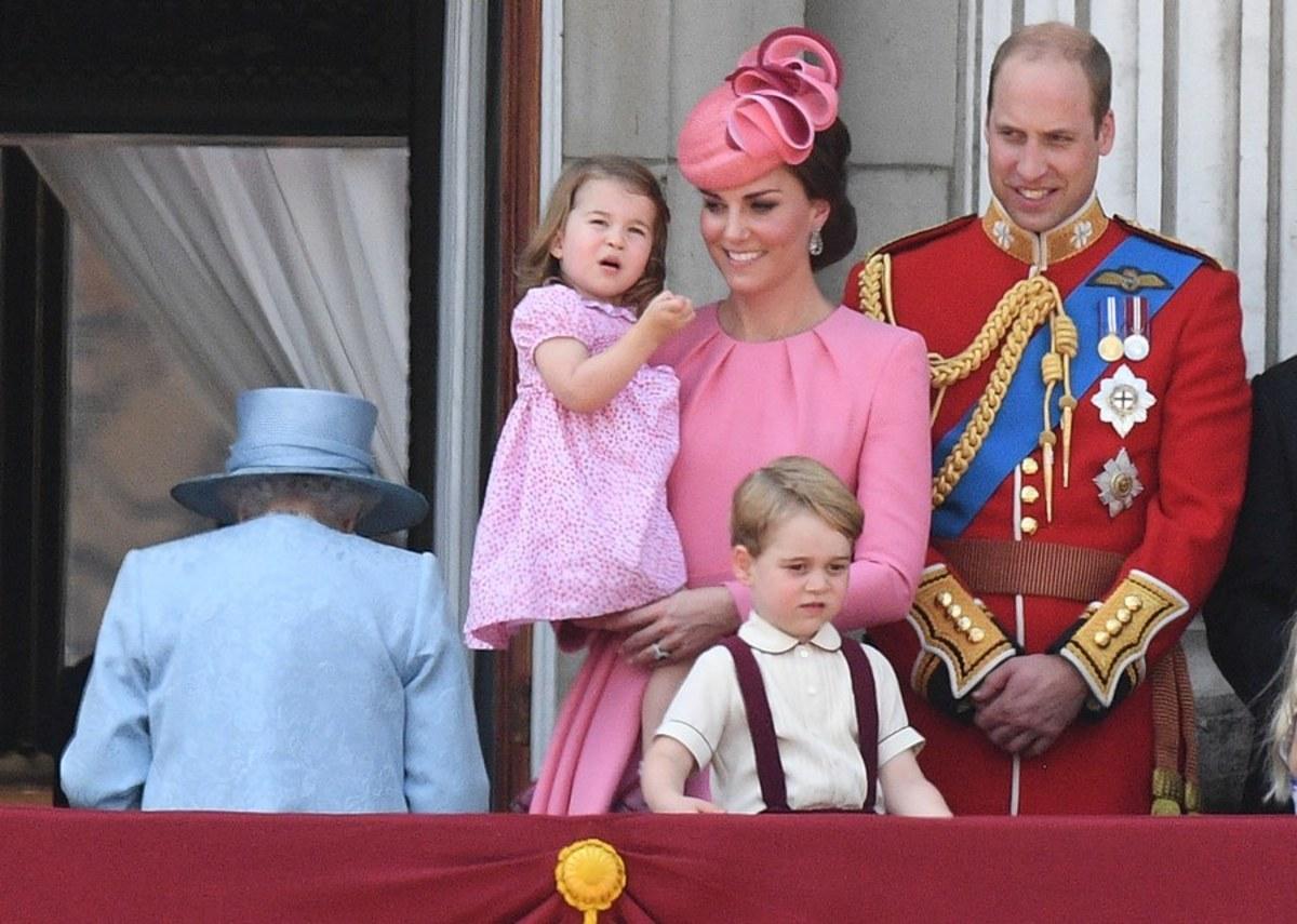 Έτσι προετοιμάζουν τον πρίγκιπα Τζορτζ για βασιλιά