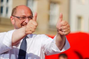Γερμανικές εκλογές: Ο… κουλ Σουλτς δεν φοβάται το debate – Συντριβή δείχνουν οι προβλέψεις