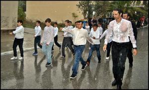 """Λήμνος: Έγιναν """"παπιά"""" στη μαθητική παρέλαση – Με το χαμόγελο στα χείλη παρά τη δυνατή βροχή [pics, vid]"""
