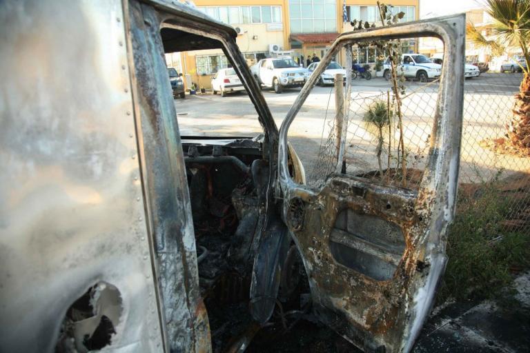 Ζωγράφου: Πυρπόλησαν φορτηγό κρεοπωλείου και τζιπ… κυνηγού!