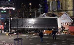 """Τρομοκρατική επίθεση στο Βερολίνο! Τα έκαναν… ρόιδο οι Γερμανοί! Πόρισμα """"φωτιά"""""""