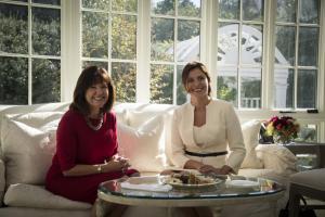 Μπέτυ Μπαζιάνα: Εντυπωσιακή και με… άλλο επώνυμο στο Λευκό Οίκο [pics]
