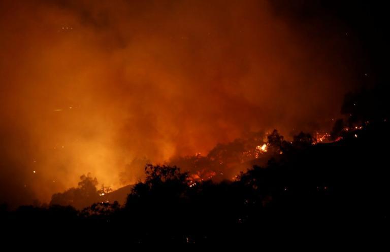 Καλιφόρνια: Δράμα! 33 οι νεκροί από τις φωτιές! [vids, pics]