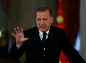 Παίρνει κεφάλια ο Ερντογάν! Εκκαθαρίσεις και στο AKP