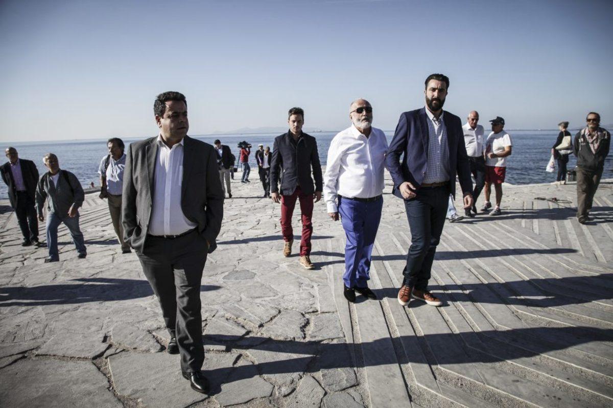 Πετρελαιοκηλίδα: Παραδόθηκε στο κοινό η ακτή του Φλοίσβου