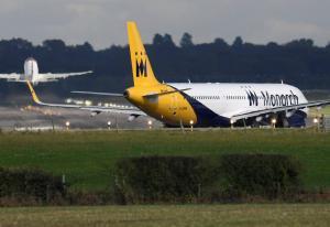 Κατέρρευσε η Monarch Airlines – 110.000 ταξιδιώτες στον αέρα – 300.000 κρατήσεις ακυρώθηκαν!