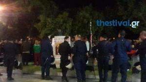 """Θεσσαλονίκη: Νέα διαμαρτυρία έξω από το θέατρο για την """"Ώρα του Διαβόλου"""""""