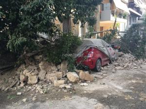 Κατέρρευσε κτίριο στον Πειραιά! Έρευνες για εγκλωβισμένους