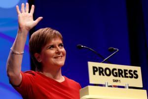 """Η Σκωτία κάνει… ζέσταμα! Ξανά """"στο τραπέζι"""" το δημοψήφισμα ανεξαρτησίας"""