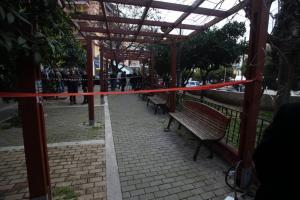 Βύρωνας: Μείωση ποινής για τον θείο του βρέφους που έπεσε από τον 4ο όροφο πολυκατοικίας