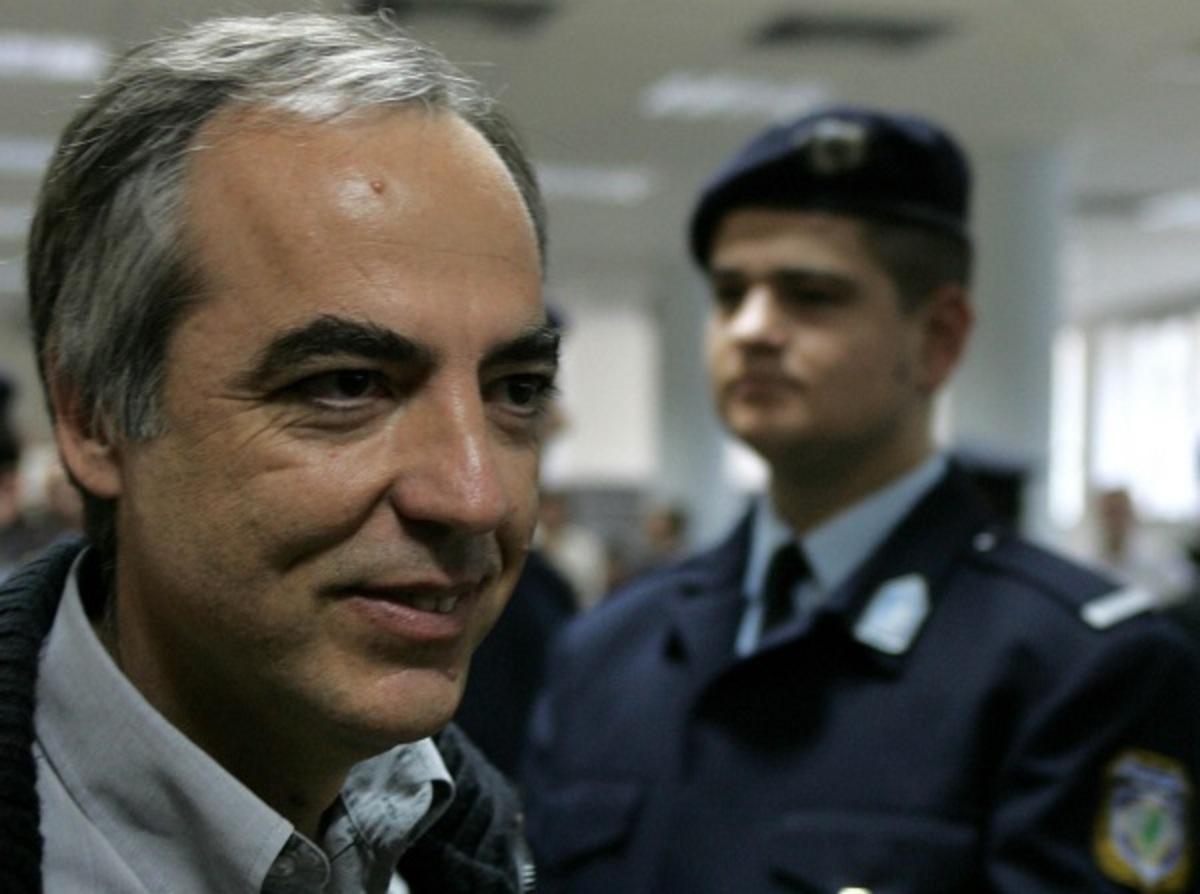 """Εκτός φυλακής το """"45άρι"""" της """"17 Νοέμβρη"""" – Βγαίνει από τον Κορυδαλλό με 48ωρη άδεια ο Δημήτρης Κουφοντίνας"""