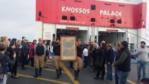 """Ηράκλειο: Ο ξεχωριστός """"Επιβάτης"""" στο Knossos Palace – Πλήθος κόσμου στο λιμάνι [pics]"""
