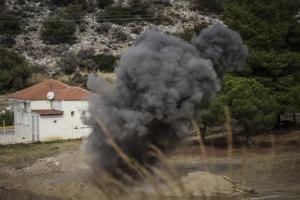 Έγινε η ελεγχόμενη έκρηξη στην Άνω Γλυφάδα [vid]