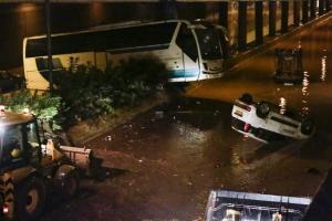 Άνοιξε η Εθνική Οδός Αθηνών Κορίνθου μετά την φονική πλημμύρα – Kλειστή η παλιά εθνική