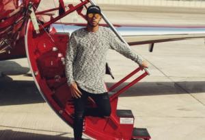 Paradise Papers – Χάμιλτον: «Γλίτωσε εκατομμύρια σε φόρους για το πολυτελές αεροσκάφος του»
