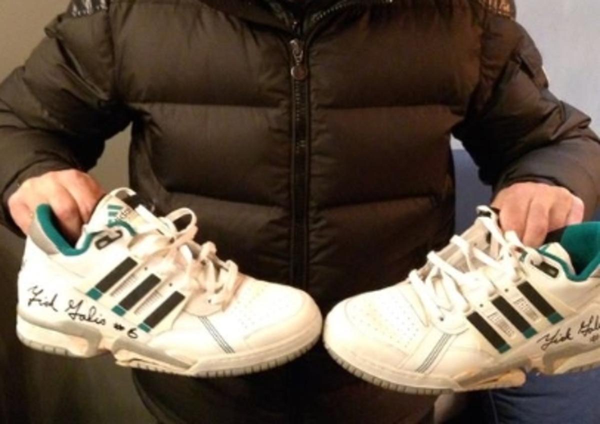 Δημοπρατήθηκαν τα παπούτσια του Γκάλη – 7.000 ευρώ για τον μικρό Χριστόφορο!