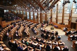 Έληξε ο συναγερμός στο κοινοβούλιο της Σκωτίας