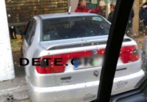 Πάτρα: Φοβερό τροχαίο με αυτοκίνητο να καταλήγει μέσα σε κατάστημα [pics, vids]