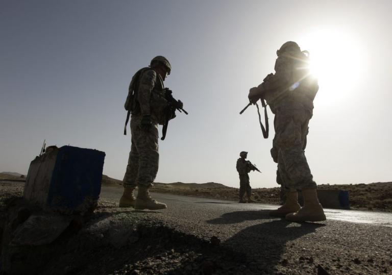 """Σάλος! Εντολή σε Αμερικανούς στρατιώτες να """"κουκουλώνουν"""" την παιδεραστία!"""