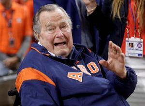 """Μπους: Στις εκλογές ψήφισα Χίλαρι! """"Φαφλατάς"""" ο Τραμπ"""
