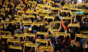Δημοσκόπηση για Καταλονία: Τα κόμματα υπέρ της ανεξαρτησίας θα κερδίσουν στις εκλογές