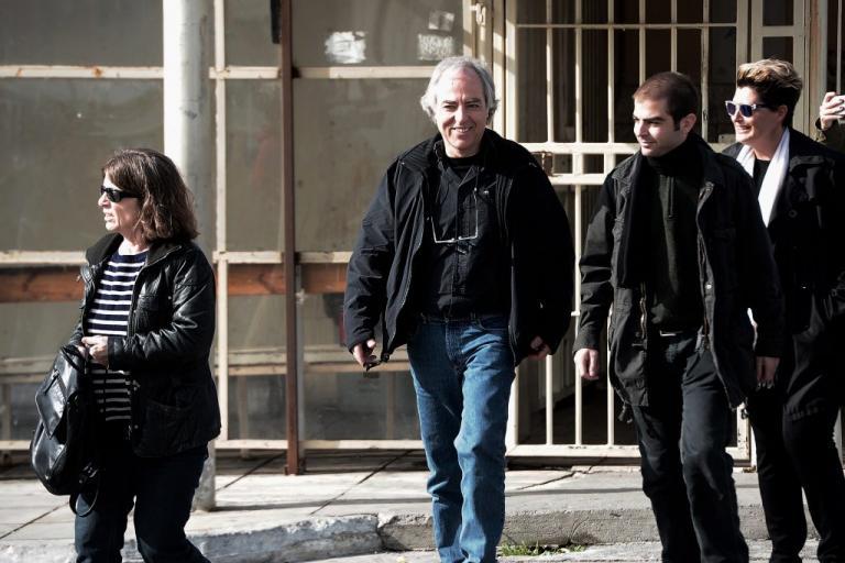 """Δημήτρης Κουφοντίνας: """"Νίκη και ανάσα ελευθερίας η άδεια"""" λέει ο Ρουβίκωνας"""