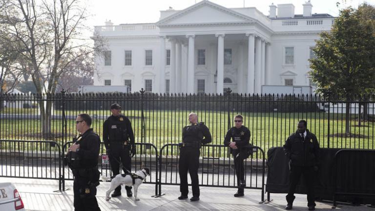 """Λήξη """"συναγερμού"""" στον Λευκό Οίκο"""