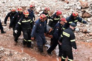 Δυτική Αττική: Εντοπίστηκε ακόμη μία σορός – Στους 20 οι νεκροί