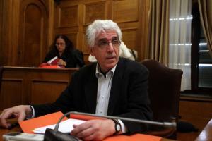 Επιμένει ο Παρασκευόπουλος: Ο νόμος πρέπει να καταργηθεί
