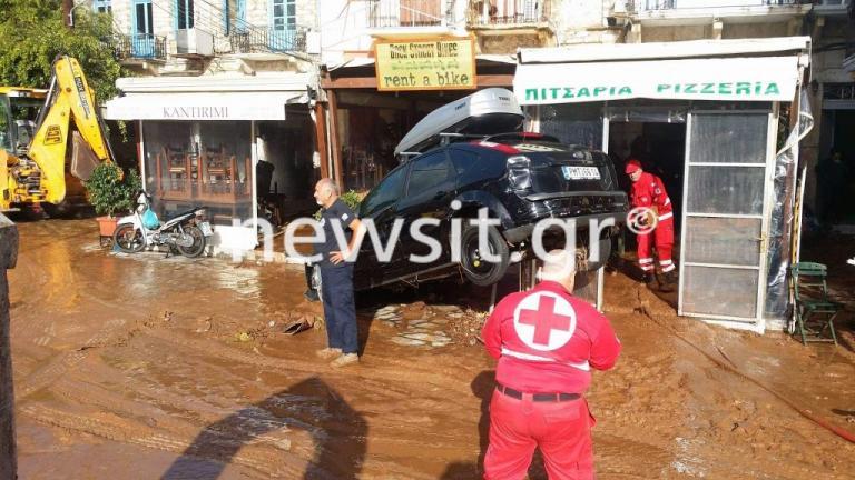 Σύμη: Σε κατάσταση έκτακτης ανάγκης – Νέες εικόνες καταστροφής – Ανυπολόγιστες ζημιές από την κακοκαιρία [pics, vids]
