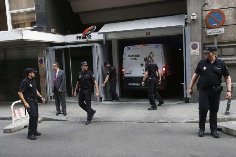 """Ισπανία: Γάλλος φώναζε """"Αλλάχου Άκμπαρ"""" και τραυματίστηκε από πυρά αστυνομικών"""