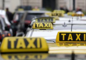 Έγιναν τα πρώτα δρομολόγια ταξί… χωρίς οδηγό
