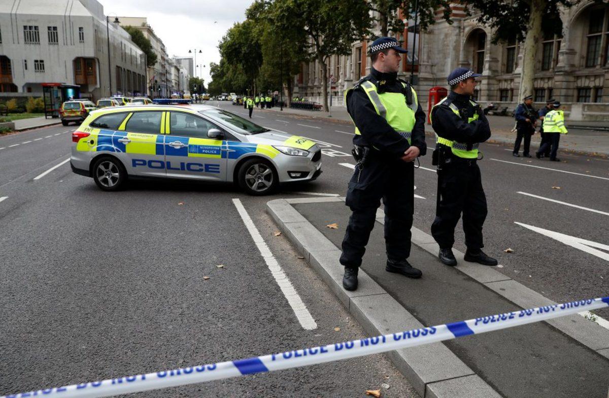 """Βρετανία: Μυστήριο με την έκθεση δύο ατόμων σε """"άγνωστη ουσία"""""""