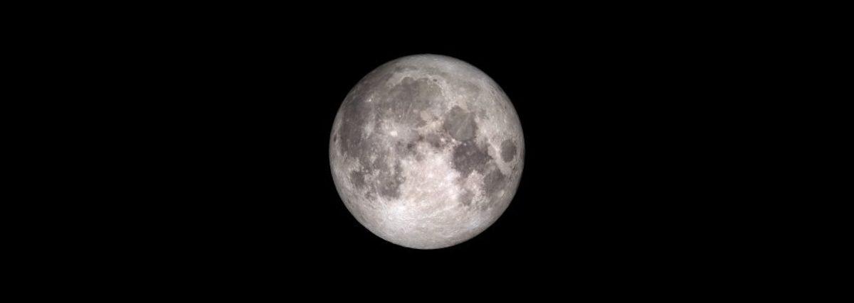 """Με «σούπερ Σελήνη» και βροχή από αστέρια κάνει ποδαρικό το 2018 - Η αστρονομική """"συνάντηση"""" που θα """"σβήσει"""" τις Τεταρτίδες"""