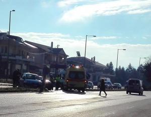 Γιάννενα: Τροχαίο με 3 τραυματίες – Σύγκρουση αυτοκινήτων στο ύψος των σχολών ΟΑΕΔ [pics]