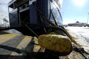 """Καιρός: """"Δεμένα"""" πλοία στα λιμάνια λόγω ανέμων"""